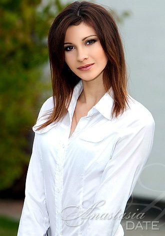 Nikki Hilton Escort